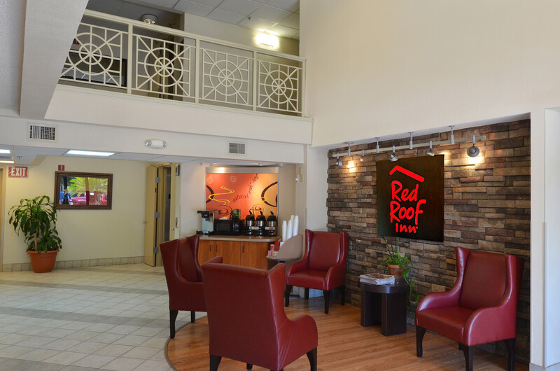Red Roof Inn San Antonio - Airport Free Coffee in the Lobby Sitting Area