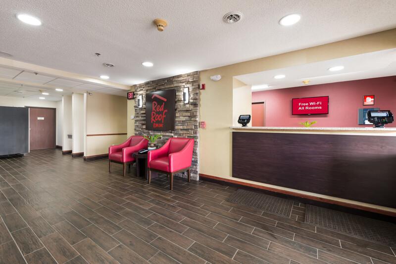 Red Roof Inn Auburn Front Desk and Lobby Image Details