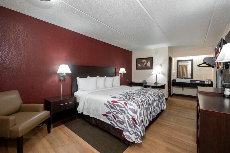 Champaign hotel room