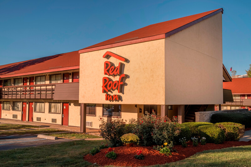 Red Roof Inn Hickory Property Exterior Image Details