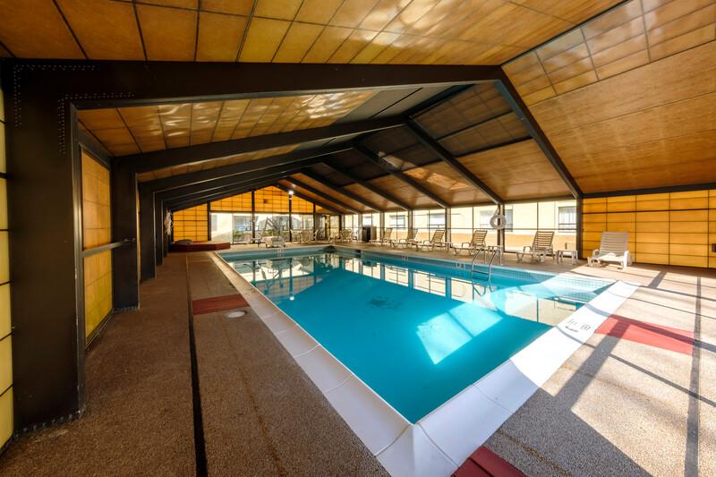 Red Roof Inn & Suites Newburgh – Stewart Airport Pool Image