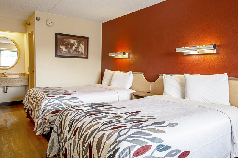 Red Roof Inn Boston - Southborough/Worcester Deluxe Double Room