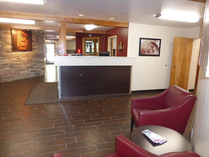 Red Roof Inn Grand Junction Lobby Area Image