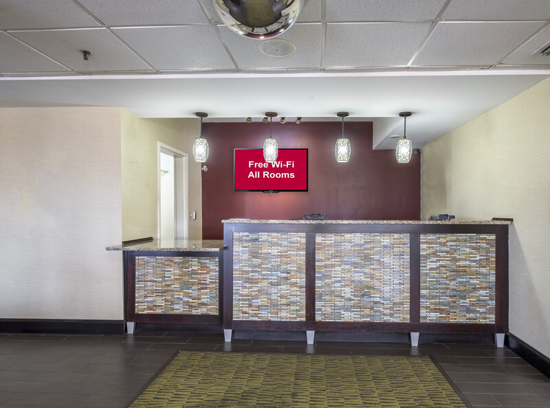 Red Roof Inn Ames Front Desk and Lobby Image