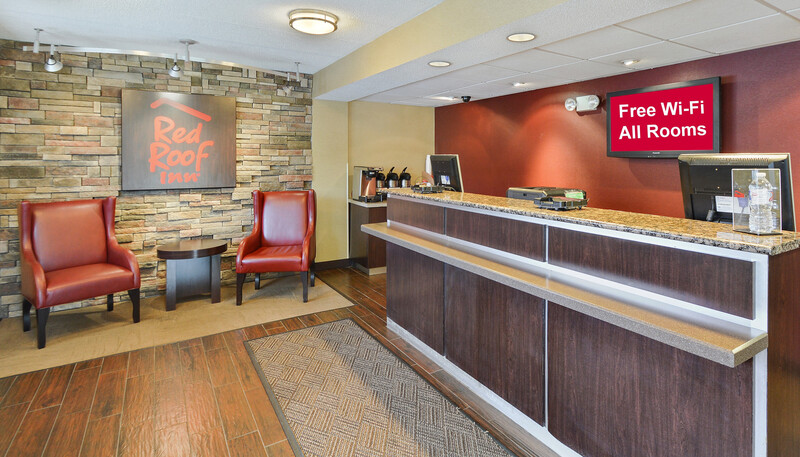 Red Roof Inn Huntington Front Desk and Lobby Image