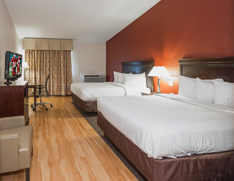 Red Roof Inn & Suites Mt Holly - McGuire AFB Deluxe Double Room Image