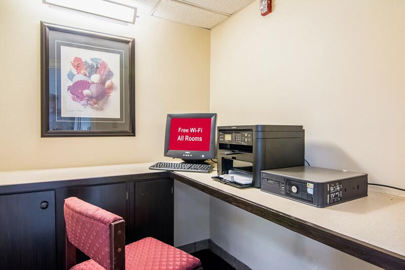 Red Roof Inn Fayetteville I-95 Onsite Business Center