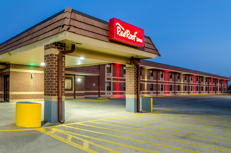 Red Roof Inn & Conference Center Wichita Airport Property
