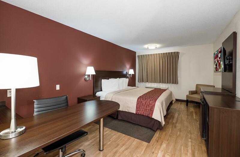 Red Roof Inn Toledo - Maumee Single King Room Image