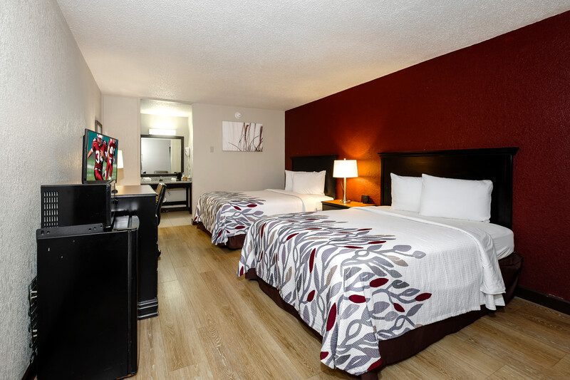 Red Roof Inn Hot Springs Double Bed Room Image