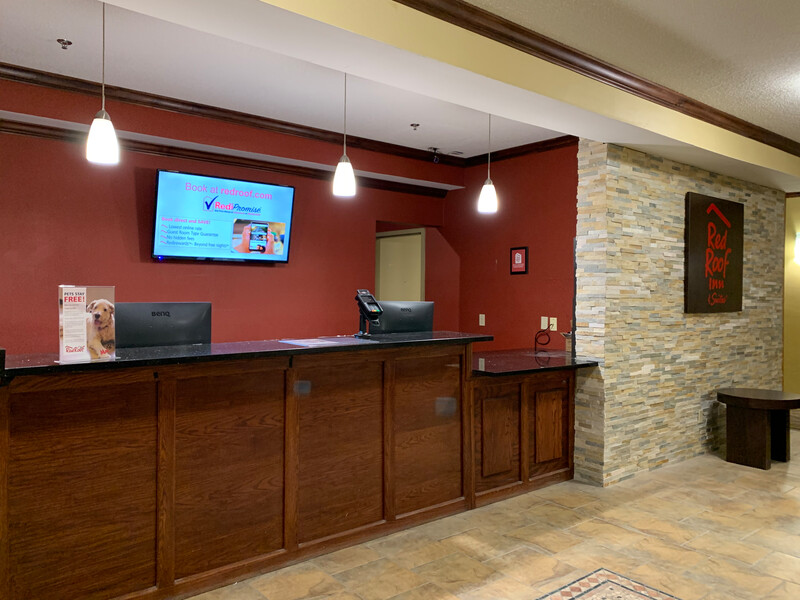 Red Roof Inn & Suites Mifflinville Lobby