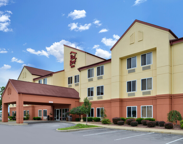 Red Roof Inn Clyde exterior