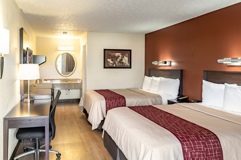 Red Roof Inn Columbus - Taylorsville Double Bed Room