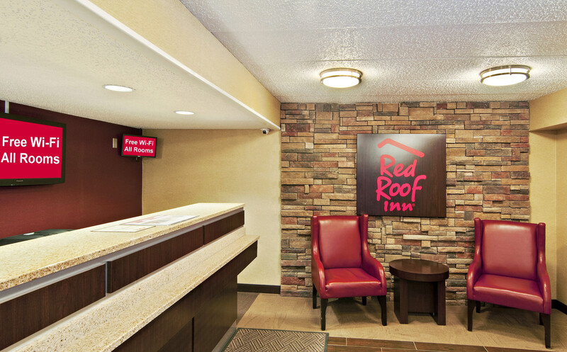 Red Roof Inn Fairmont Property Exterior Image
