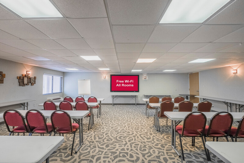 Red Roof Inn & Suites Mt Holly - McGuire AFB Meeting Room Image