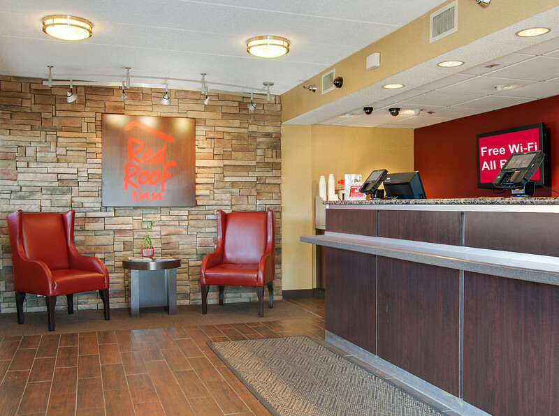 Red Roof Inn Akron Front Desk and Lobby Image Details