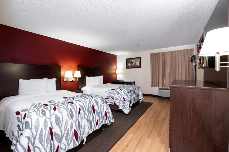 Red Roof Inn Knoxville Central - Papermill Road Deluxe Double Bed Room