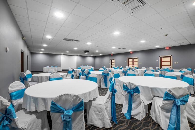 Red Roof PLUS+ & Suites Atlanta-Cumberland/Vinings Banquet Facilities