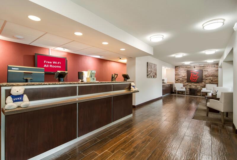 Red Roof Inn Durham - Duke Univ Medical Center Front Desk and Lobby