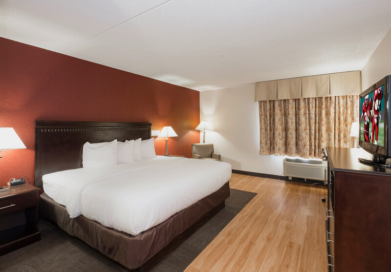 Red Roof Inn & Suites Mt Holly - McGuire AFB Superior King Room