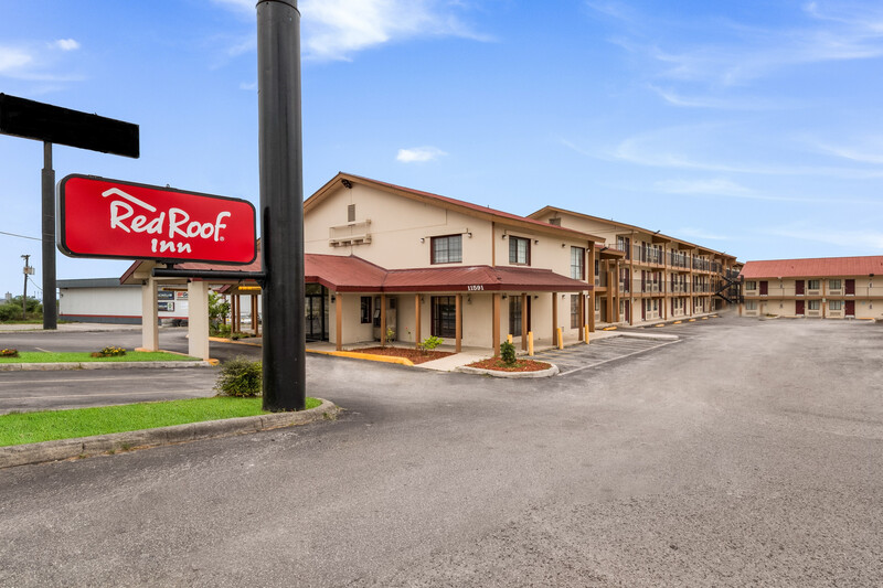 Red Roof Inn San Antonio I-35 North Exterior Property Image Details