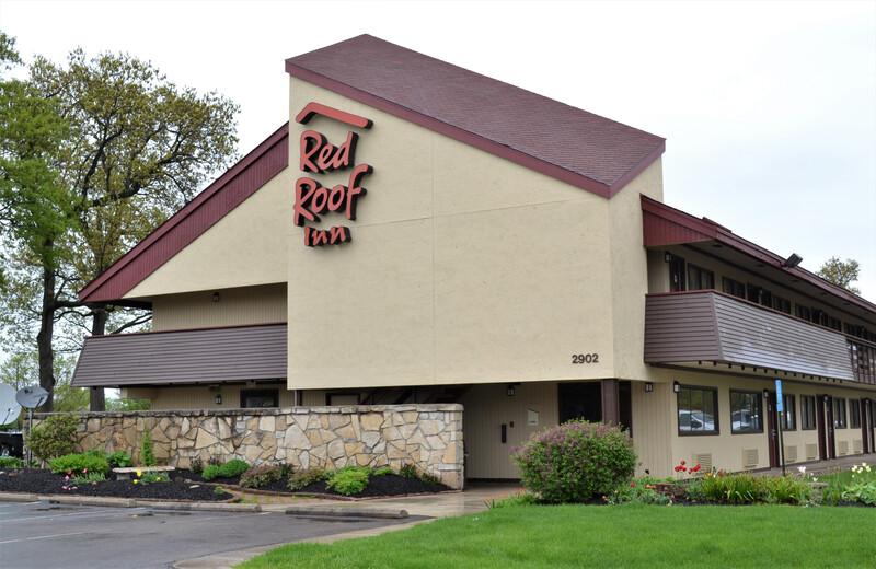 Red Roof Inn Elkhart Exterior Property Image Details