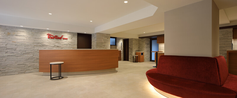 Red Roof Inn Kamata Front Desk and Lobby Area Image