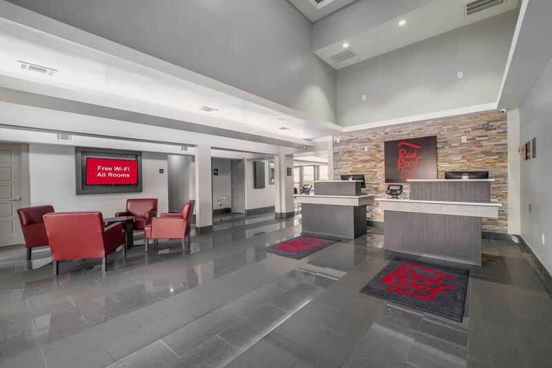 Red Roof Inn & Suites Calhoun Lobby Area Image