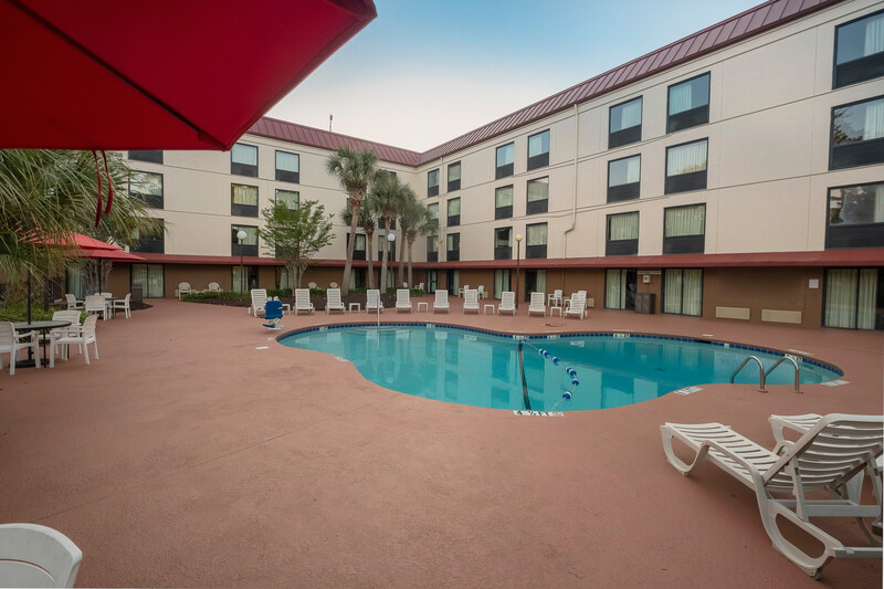 Red Roof Inn Myrtle Beach Hotel - Market Common Outdoor Swimming Pool