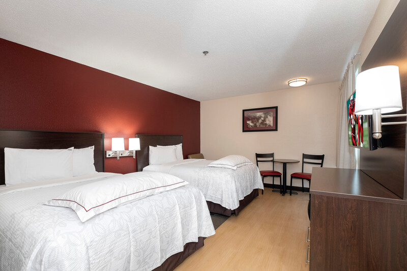 Red Roof PLUS+ Jacksonville - Southpoint Premium Double Room