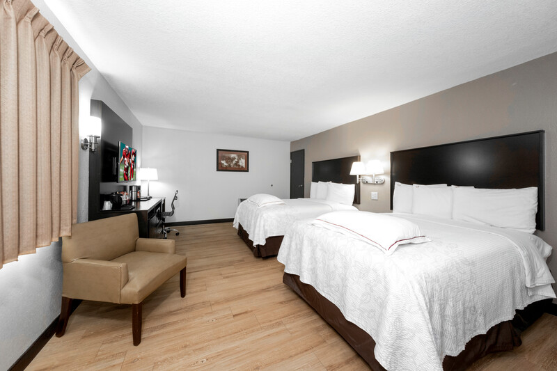 Red Roof PLUS+ Huntsville Premium Double Bed Room